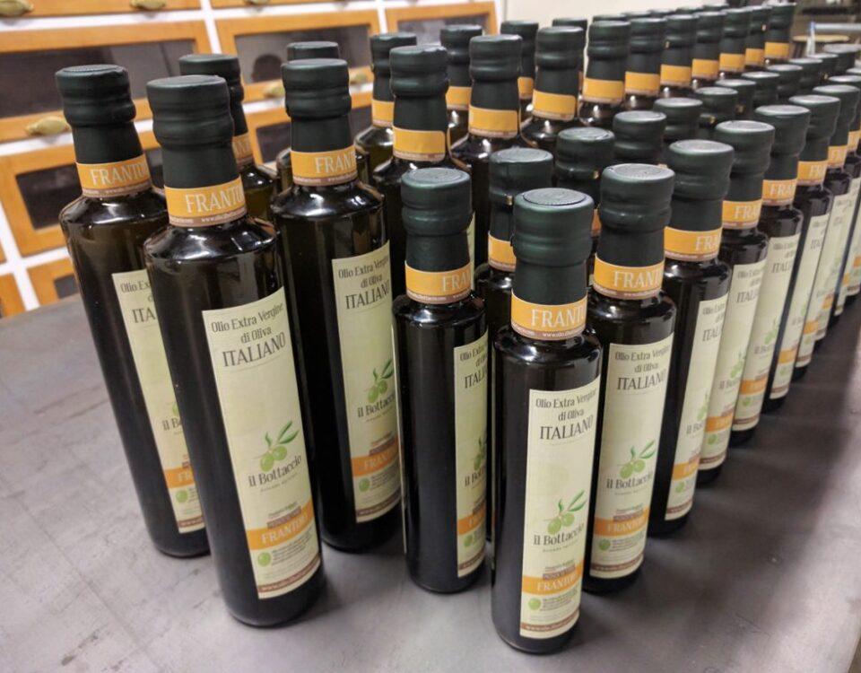 Olio-extravergine-Toscano-Frantoio-