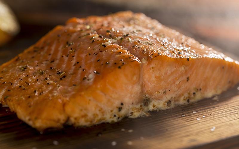 filetto di salmone con olio allo zenzero