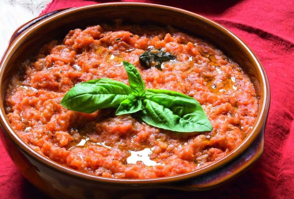 pappa al pomodoro con olio extravergine toscano il bottaccio