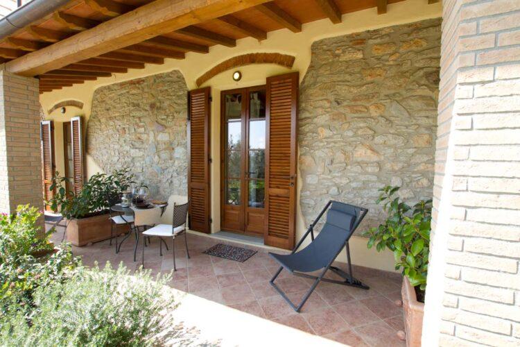 Agriturismo con terrazza-Toscana